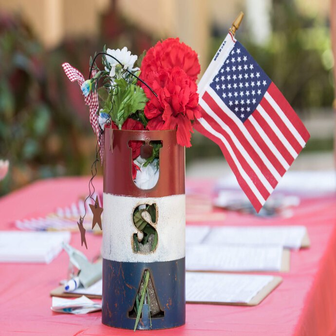 Patriotic table display